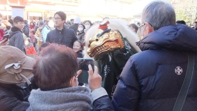 今年は獅子舞・・・! OK!!( ̄▽ ̄)δ⌒☆